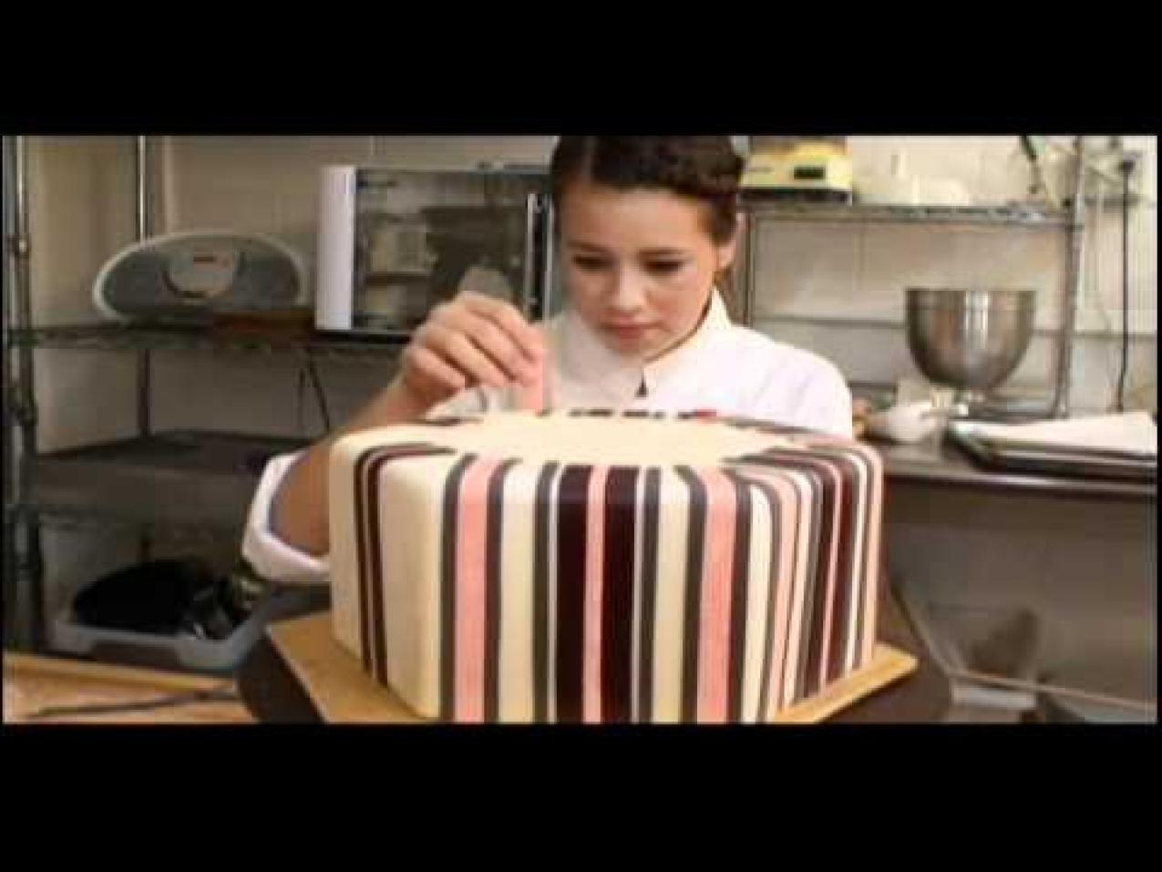 franchise cake shop Not every bakery is franchisable and there are steps you should take to be successful with franchising consider these tips on how to.