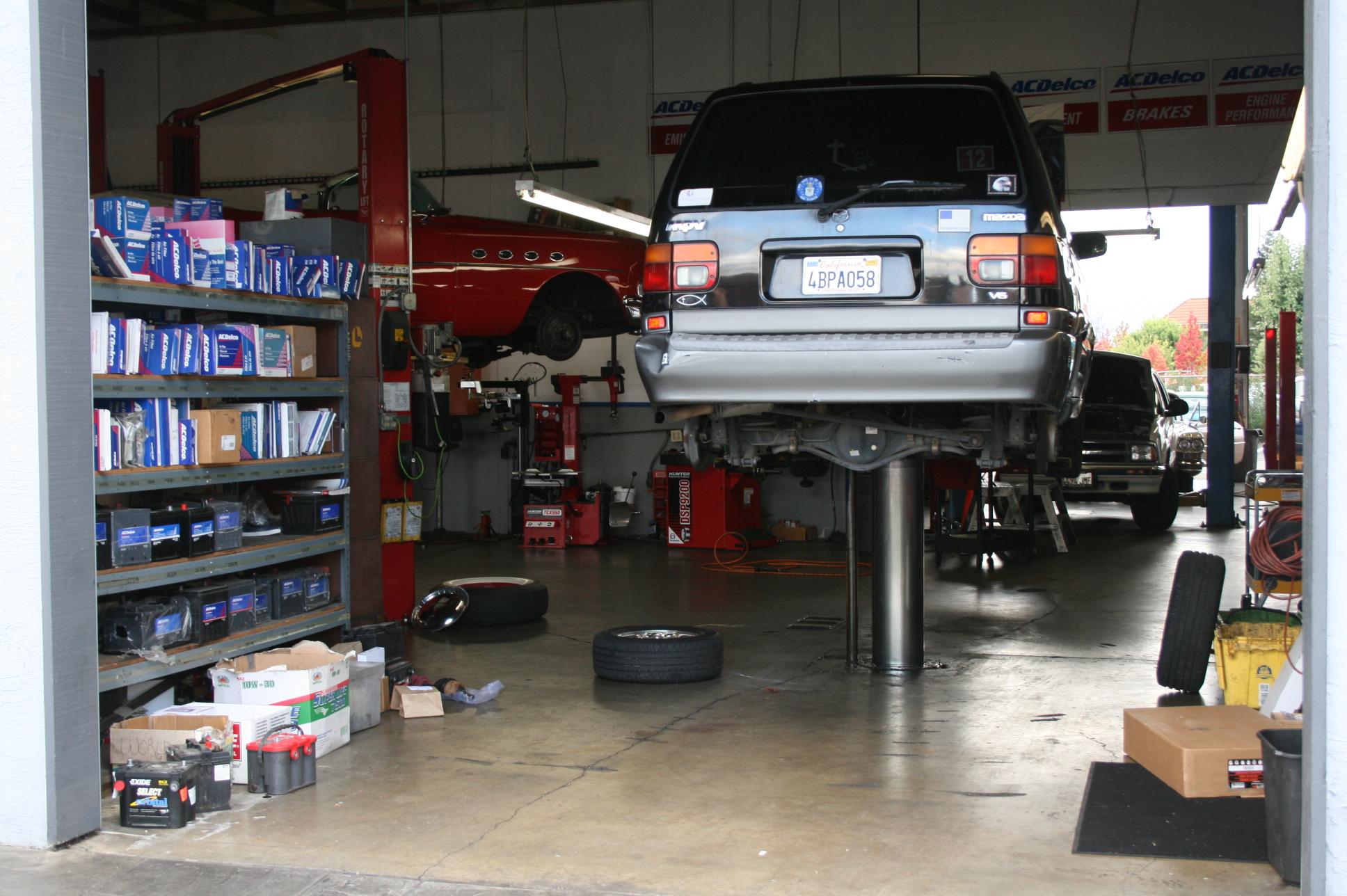Auto Mechanic Shop Corner Lot Available! | BIZ Builder.Com