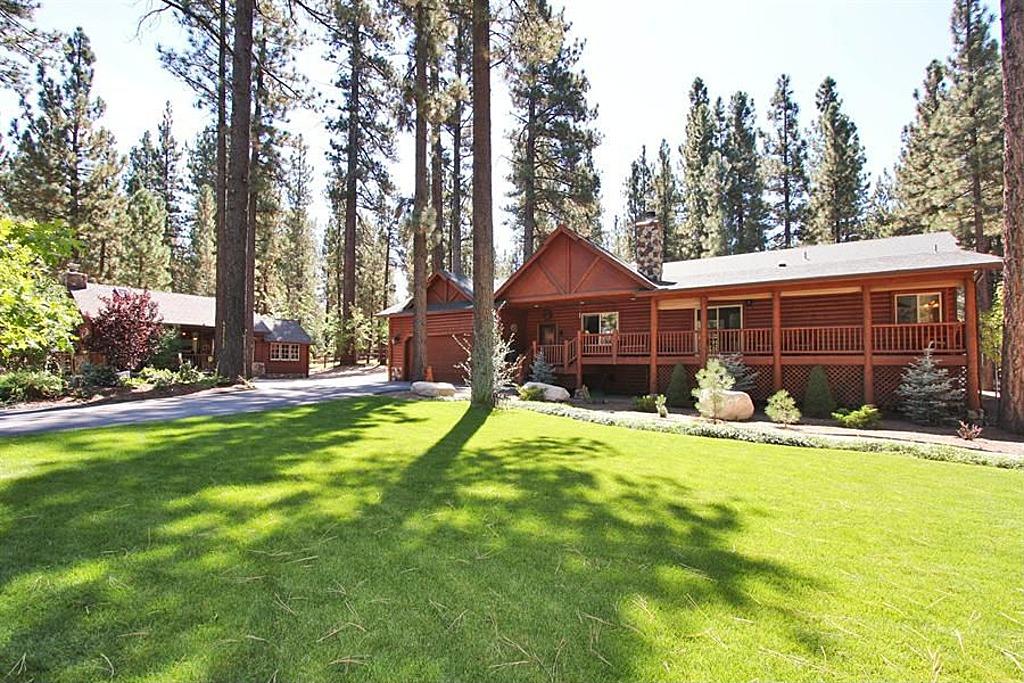 Big bear custom built log cabin estate biz builder com for Log cabins in big bear